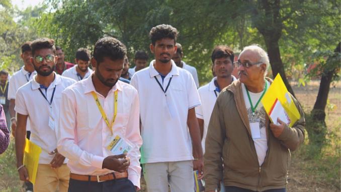 अच्युत रेड्डी कर रहे हैं भारतीय कृषि व्यवसाय में एक सतत प्रवृत्ति की स्थापना - Entrepreneur News Digpu