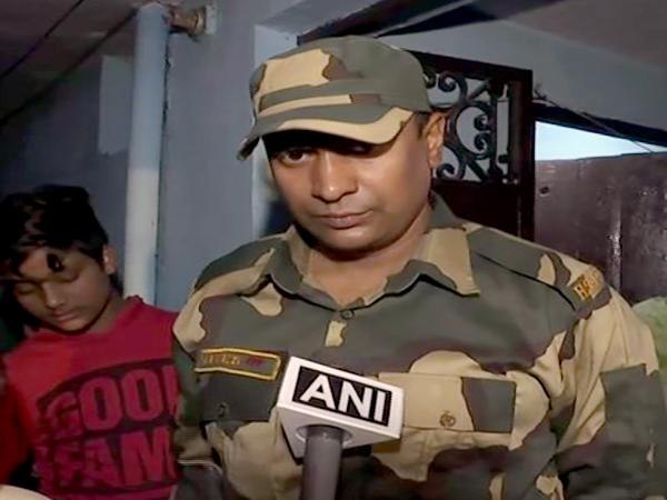 दिल्ली दंगों में घर जलने के बाद बीएसएफ जवान ने कहा 'जो हुआ वह भयानक था' - India News Digpu